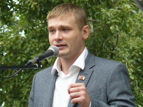 Власти Хакасии опровергли слухи об отставке губернатора Коновалова