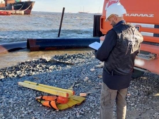 Пожилой монтажник во время работы утонул в реке в Тазовском районе