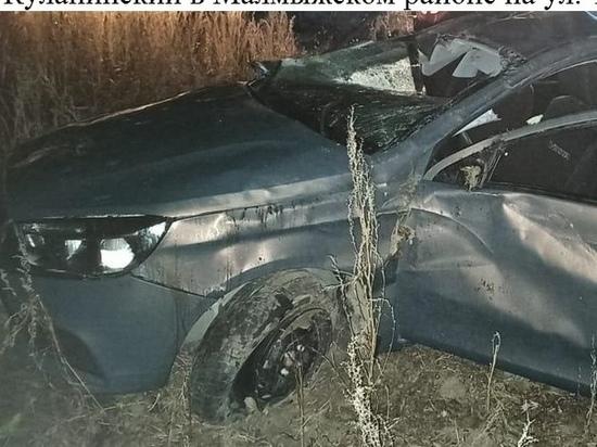 В Кировской области женщина села за руль «Весты» и перевернулась