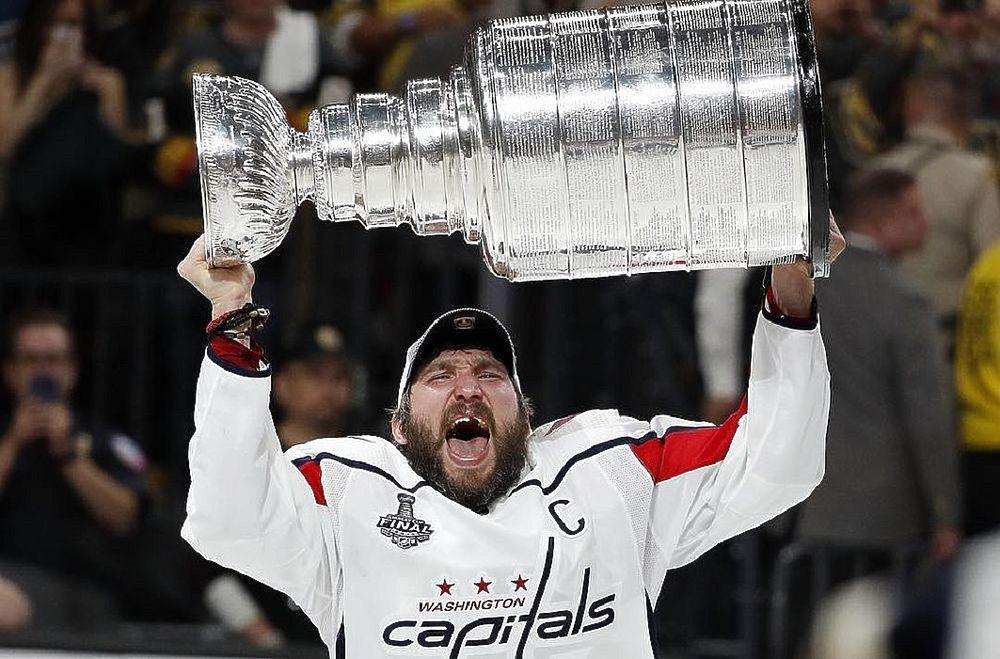 Сезон только стартовал, а Овечкин уже побил еще один рекорд: достижения хоккеиста