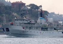 В украинских военно-морских силах, которые то ли есть, то ли нет, проводится спасательная операция