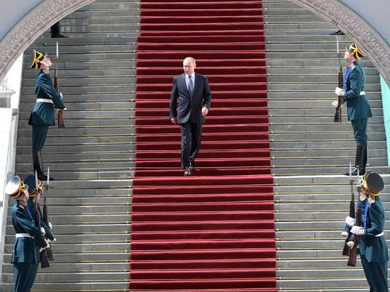 Виктор Аксючиц оценил «имперскую свадьбу» и перспективы российского монархического движения