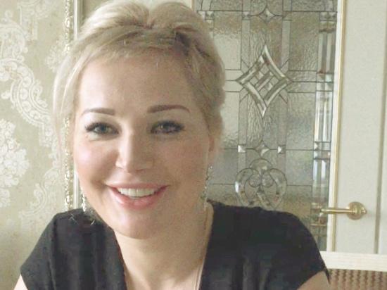 Максакова не смогла через суд лишить родительских прав бывшего мужа