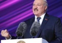 Президент Белоруссии Александр Лукашенко в ходе онлайн-заседания совета глав государств СНГ заявил о вероятности принудительного развала СССР три десятилетия назад