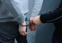В Санкт-Петербурге задержали мужчину, который приставал в метро к 13-летней девочке