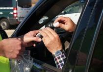 В Тюменской области продолжается практика сплошных проверок водителей на трезвость