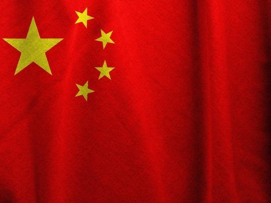 Китай отправил трех космонавтов к своей орбитальной станции