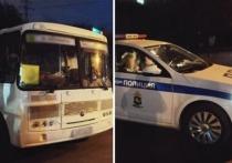 Свидетели сообщили в УГИБДД УМВД России по Томской области, что в районе дома №34 по проспекту Кирова в Томске, автобус ПАЗ-32054 с пассажирами едет по встречной полосе