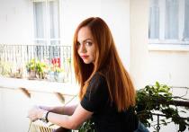 О том, что у певицы МакSим, — настоящее имя Марина Максимова, есть двойник — Екатерина Моисеенко, давно знают преданные поклонники артистки