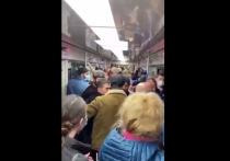 Выступавшая в качестве свидетеля инцидента с участием кавказцев возле станции метро «Текстильщики» женщина стала обвиняемой – полицейские вменяют ей брань в общественном месте, сообщает «Подъем»