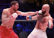 В Сочи на площадке WOW Arena состоялся турнир по смешанным боевым искусствам AMC Fight Night 105. В главном поединке вечера встречались действующий чемпион организации Владимир Минеев и претендент Магомед Исмаилов.
