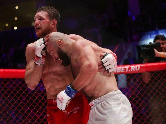 В Сочи в рамках турнира AMC Fight Nights 105 состоялся бой, которого фанаты ММА ждали три года