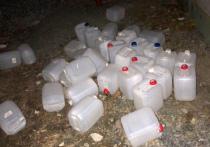 Не успели отойти от массового отравления «паленкой» в Оренбургской области, как «рвануло» поблизости: в городе Екатеринбурге следователи задержали двух предпринимателей, которых обвиняют в гибели 18 человек, отравленных метиловым спиртом