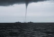 В МЧС объявили экстренное предупреждение по формированию смерчей над Чёрным морем