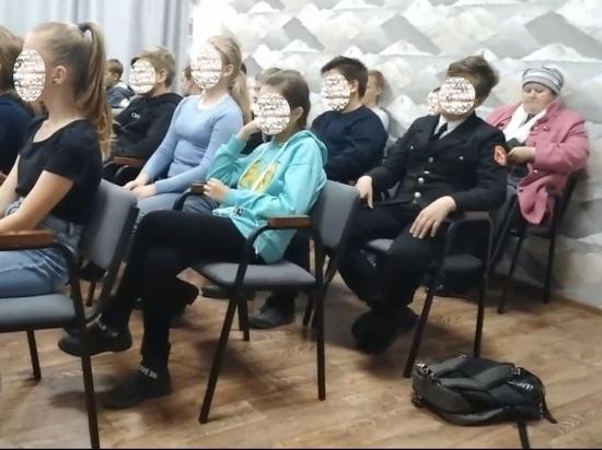 В понедельник утром ученик шестого класса поселка Сарс в Пермском крае устроил стрельбу в школе