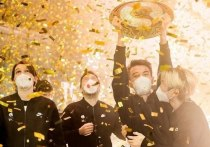 Все только и говорят о победе российской команды в турнире по Доте 2 - Team Spirit принесла стране первую победу в истории и невероятные эмоции тем, кто очень далек от киберспорта