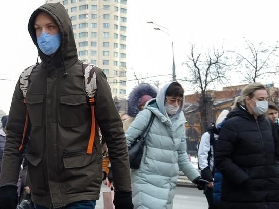 Уже в самое ближайшее время рост заболеваемости COVID-19 может привести к тому, что одновременно коронавирусной инфекцией в России будут болеть миллион человек