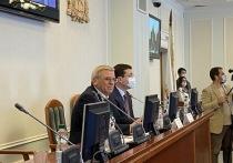 Подавляющим большинством голосов спикером ЗСНО был избран Евгений Люлин