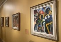 Итальянский футуризм оказал огромное влияние на все искусство ХХ века, в первую очередь благодаря легендарному манифесту 1907 года Филиппо Маринетти, который стал толчком для русского авангарда