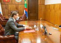 Глава Хакасии познакомился с новым руководителем регионального УФСБ