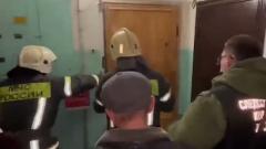 Опубликовано видео вскрытия квартиры в Вологде, где убили 9-летнюю девочку
