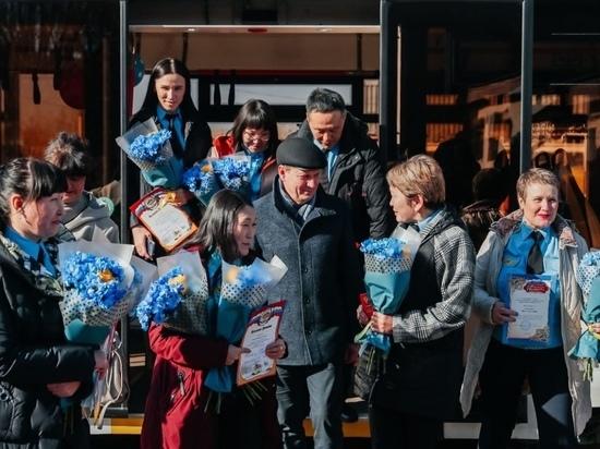 18 октября мэр Улан-Удэ Игорь Шутенков объявил об открытии двух новых кольцевых трамвайных маршрутов №7 и №8