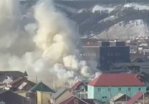В Якутске сгорел автосервис