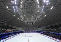 Фигуристы со всего мира мечтают поехать на Олимпиаду-2022, но для начала им нужно разобраться между собой на самом престижном турнире года — серии Гран-при. Как устроены соревнования, кто выступит от России, сколько заработают фигуристы и кто попадет в финал — в материале «МК-Спорт».