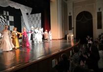 В Череповце завершились гастроли Великолукского драматического театра