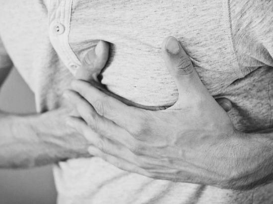 Высокий показатель «плохого» холестерина (ЛПНП), как правило, не вызывает никаких симптомов, и в большинстве случаев состояние протекает тихо до первой критической ситуации