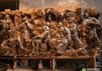 Представлен горельеф, который разместится в Историческом сквере Екатеринбурга