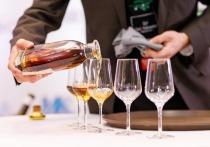 В Алматы завершился V юбилейный конкурс «Лучший сомелье Казахстана 2021» — профессиональное мероприятие, ежегодно проводимое Ассоциацией винных специалистов Казахстана «ABCK», определяющее не только лучшего сомелье страны, но и выявляющее новые тенденции на винном рынке