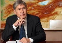 Верховный суд Киргизии передумал пересматривать приговор экс-главе страны Алмазбеку Атамбаеву по делу о незаконном освобождении вора в законе Азиза Батукаева