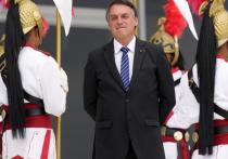 Комиссия сената Бразилии рекомендовала выдвинуть против президента Жаира Болсонару обвинения в «преступлениях против человечности»