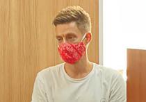 Судьбу певца Моргенштерна повторил в Зюзинском суде в среду, 20 октября, блогер и журналист Юрий Дудь