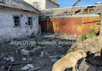 При массированном обстреле Донецка пострадали девушка и ребенок