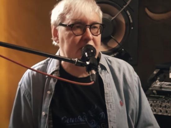 Музыкант, бывший участник известной музыкальной группы «ДДТ» Дмитрий Галицкий умер на 66-м году жизни, сообщается в группе «ДДТ клуб» в социальной сети ВКонтакте