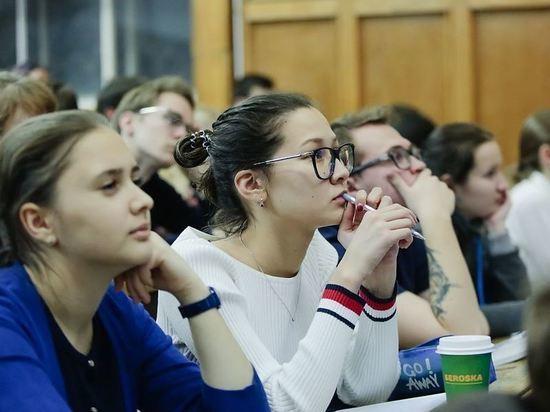 Минпрос заявил о возможном уходе колледжей на каникулы в нерабочие дни
