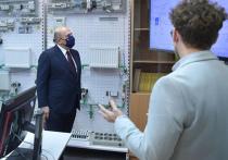 Михаил Мишустин посетил Калининград, где получил возможность убедиться в правильности принятого на днях решения о массовом использовании QR-кодов