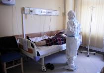 Врач-терапевт, пульмонолог Олег Абакумов рассказал на своей странице в Instagram, как больной коронавирусом может помочь себе, если у него упала сатурация - уровень насыщения крови кислородом - и он чувствует, что ему все труднее дышать