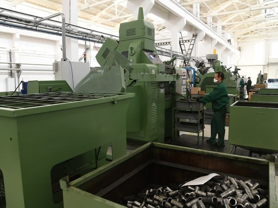 По данным регионального комитета экономической политики и развития, по объемам поставок за рубеж лидируют производители топливно-энергетической продукции и минеральных продуктов — их доля в экспорте Волгоградской области составляет 57%