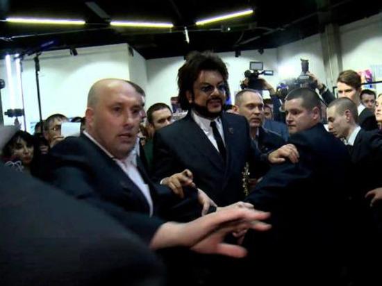 Актеры и глава охранного агентства рассказали в эфире НТВ о работе телохранителей