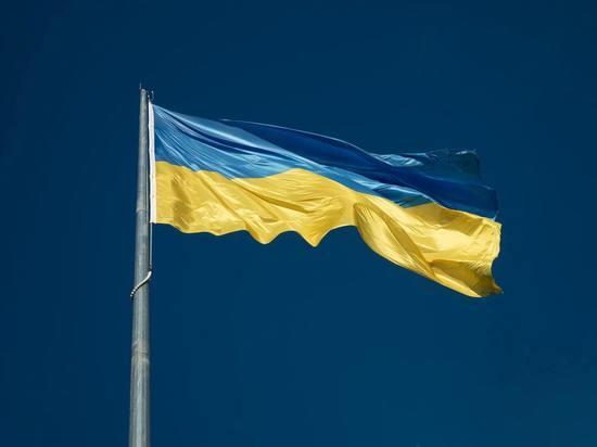 Россия не может запретить жителям Крыма и Донбасса общаться с украинскими властями, заявил «РБК-Украина» официальный представитель украинского МИД Олег Николенко