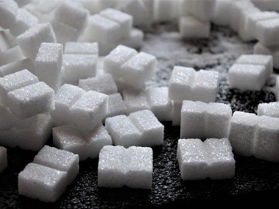 В день можно потреблять не более 50 граммов сахара, заявил изданию Türkiye глава Турецкого почечного фонда Тимур Эрк