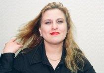На вечере памяти королевы русского шансона Кати Огонёк корреспондент «МК» откровенно побеседовал с Тамарой Пенхасовой – матерью преждевременно скончавшейся звезды