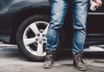 Забайкальские полицейские задержали ранее судимого 29-летнего жителя Могочинского района, который угнал с автомобильной стоянки гостиницы машину Honda Fit, чтобы покататься