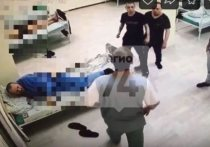 Видеозапись драки медперсонала областного психоневрологического диспансера с пациентами выложили в группе «Регион 74» «ВКонтакте»