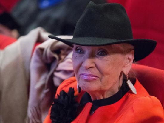 Жительница столицы заявила в полицию, что видела в метро женщину, похожую на пропавшую актрису Светлану Светличную