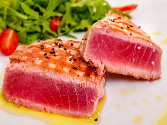 Поддержание диеты, богатой питательными веществами, особенно важно для пожилых людей, так как их рацион напрямую влияет на состояние их здоровья