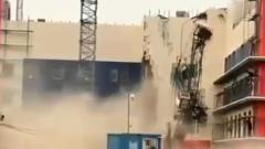 В Хабаровске на стройке рухнул башенный кран